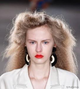 10234-les-cheveux-gaufres-chez-joesph-waw-ten-article_slider-5