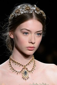 hbz-fw2016-hair-trends-antiques-roadshow-marchesa-clp-rf16-2571