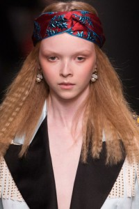 hbz-fw2016-hair-trends-texture-time-gucci-clpa-rf16-2922_1